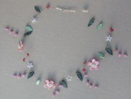 rosa Blüten und Glöckchen | 1 Str+A. Glas,Stahlseil, Silber | 110751-14