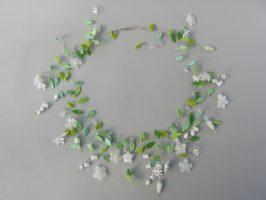 weiße Blüten | offene Struktur, Glas, Stahlseil, Silber | 260745-14