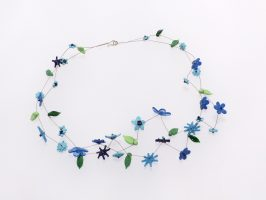 Blüten blau | 2 Str., Glas, Stahlseil, Silber | 130865-16