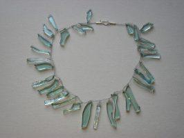 größere Heckscheibenscherben gehäkelt | 1-reihig, Glas, Stahlseil | 120732-13