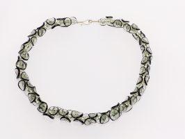 Tintenfisch grau-schwarz | 1-reihig, Glas, Stahlseil, Silber | 210857-16