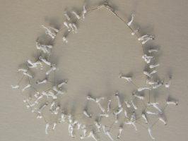 Seeanemone weiß-transparent | 5 Stränge, Glas, Stahlseil, Silber | 130278-14