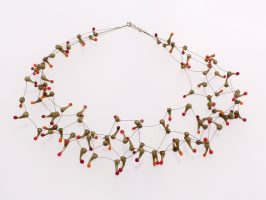 Seeanemone oliv-orange-rot | 4 Stränge, Glas, Stahlseil, Silber | 100889a-16