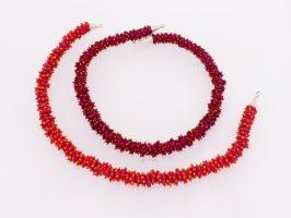 große Ringerl gepunktet rot-orange | 1-reihig, Glas, Stahlseil, Silber | 115738-16