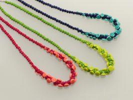 Plättchen nur vorne, verschiedene Farben | 1-reihig, Glas, Stahlseil, Silber | 055843-16