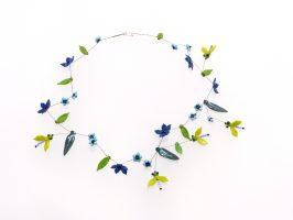 hellgrüne Fliegen und Blüten | 1 Str.+ A, Glas, Stahlseil, Silber | 120583-10