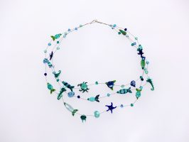 Meeresgetier blau-grün | 3 Str., Glas Stahlseil, Silber | 195034-17