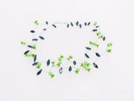 grüne Beeren | 2 Str., Glas, Stahlseil, Silber | 110940-18