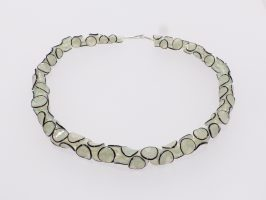 Tintenfisch opalig-schwarz | 1-reihig, Glas, Stahlseil, Silber | 210658-12