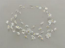 Blütenmeer weiß | 3 Str., Glas Stahlseil, Silber | 190935-18