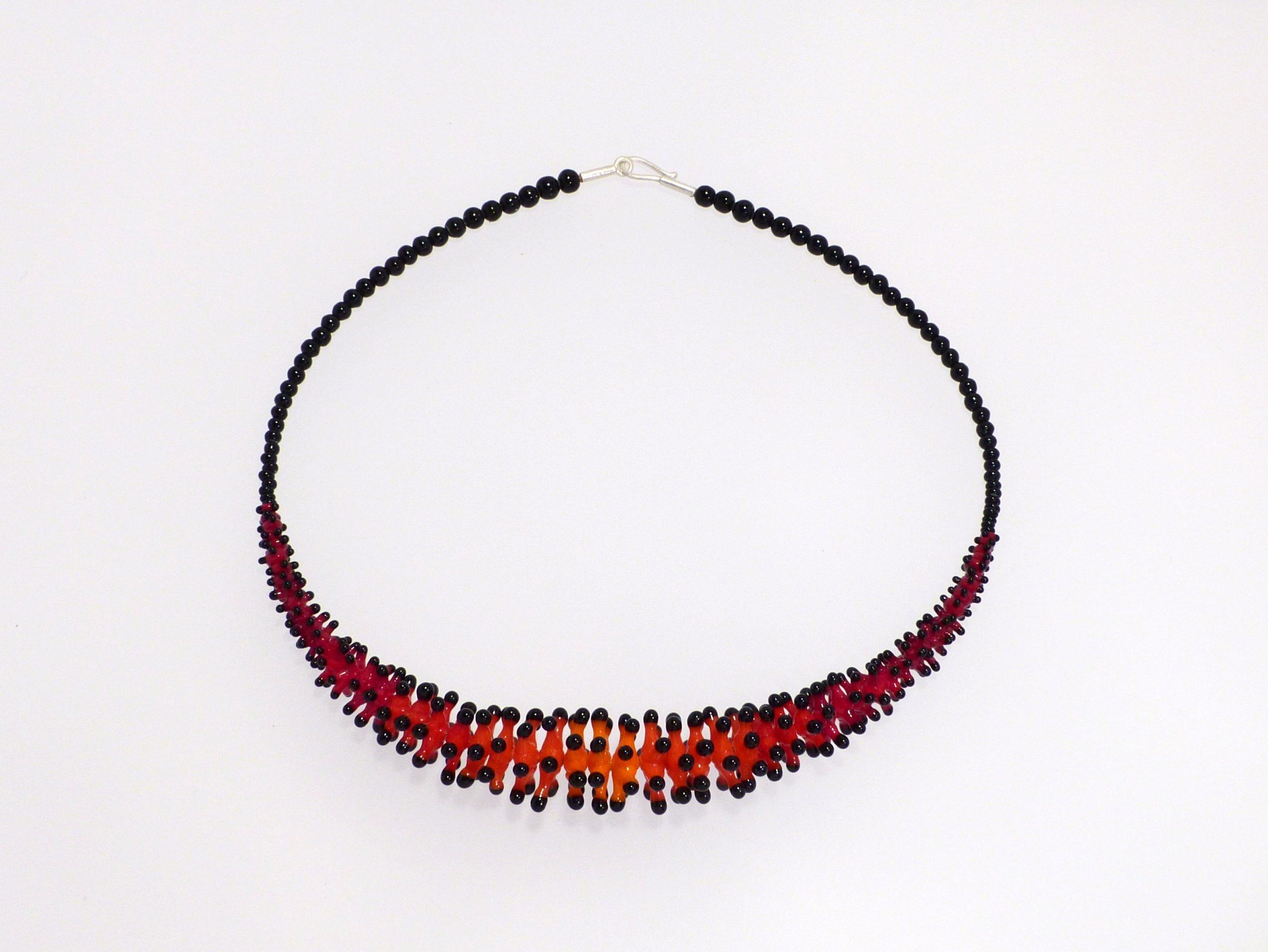 Pünktelwurm rot-orange Farbverlauf | Glas, Stahlseil, Silber | 1201001-20